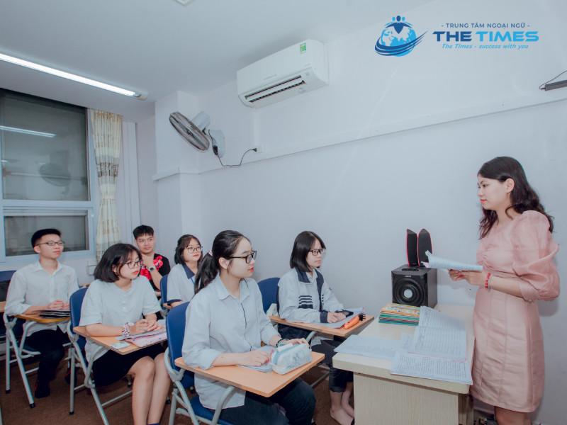 Quá trình học tại trung tâm ngoại ngữ The Times mang lại nhiều bổ ích, nâng cao vốn Tiếng Anh và đạt điểm cao trong các kì thi.